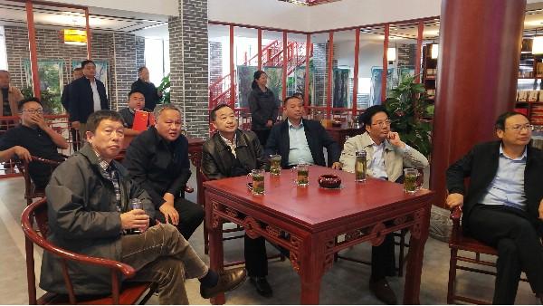 云南省政府参事、省政府原副省长、党组成员张祖林一行莅临蝠牌