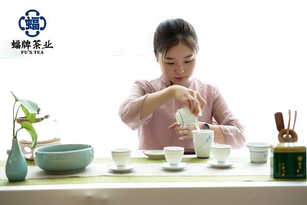 第七道:泡茶 碧玉沉清江