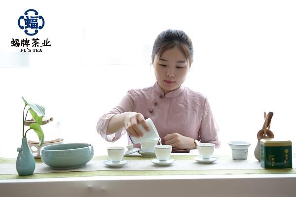 第八道:奉茶 觀音捧玉瓶